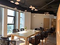 重庆两江新区阿里创业孵化园,独立办公室55元/平方,高档装修,全新办公家具(拎包入驻)